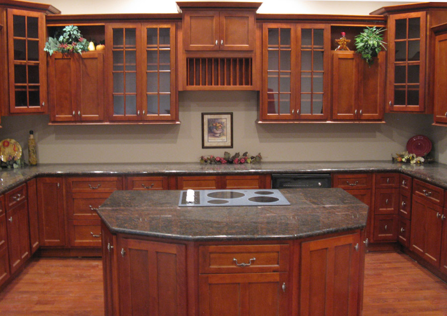 Kitchen and bath cabinets vanities home decor design ideas for Cherrywood kitchen designs