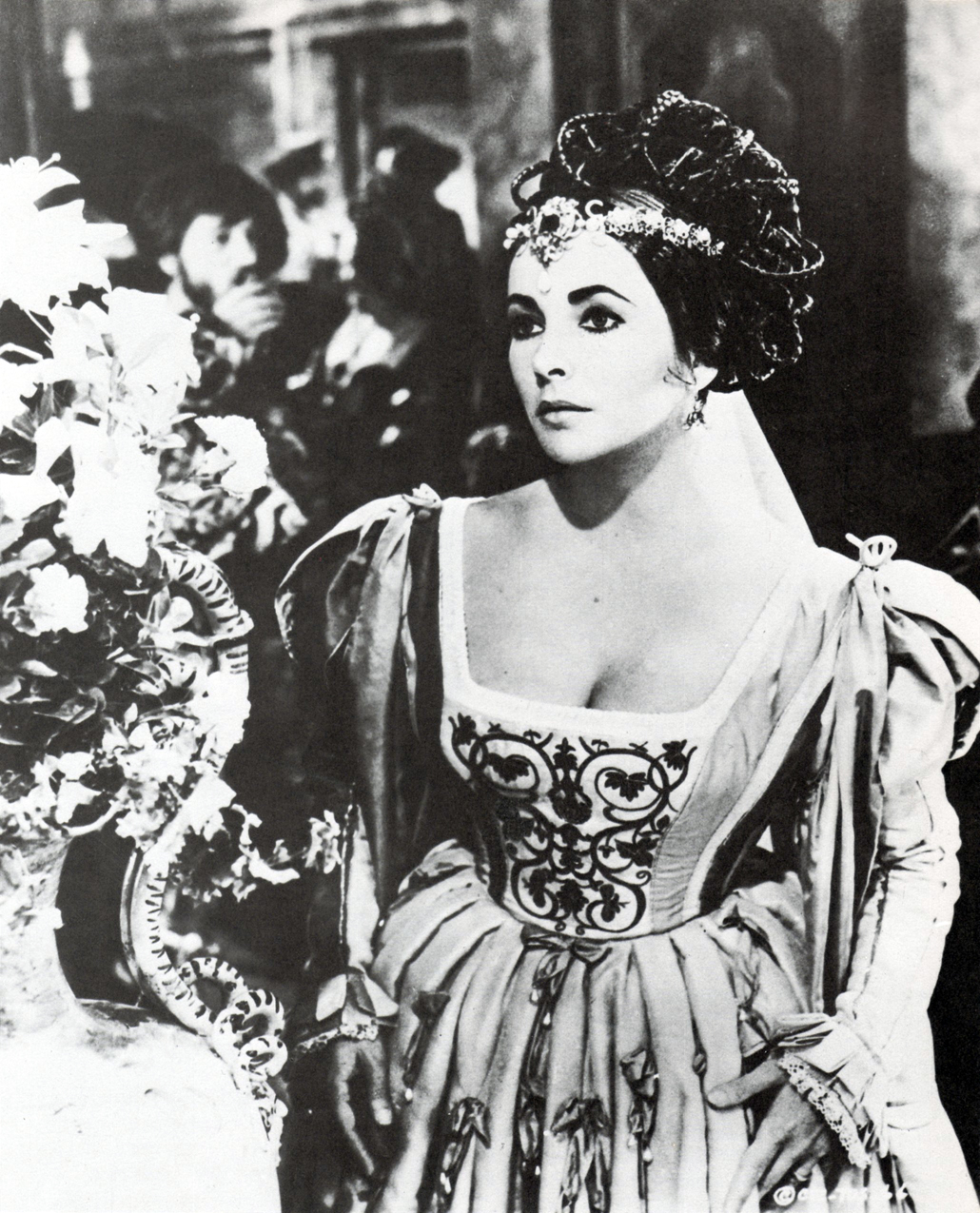 http://3.bp.blogspot.com/-N1w82eQinnk/UTmyDZEuUDI/AAAAAAAAJos/Ra_kMibmrQk/s1600/Elizabeth+Taylor,+The+Taming+of+the+Shrew,+1967.jpg
