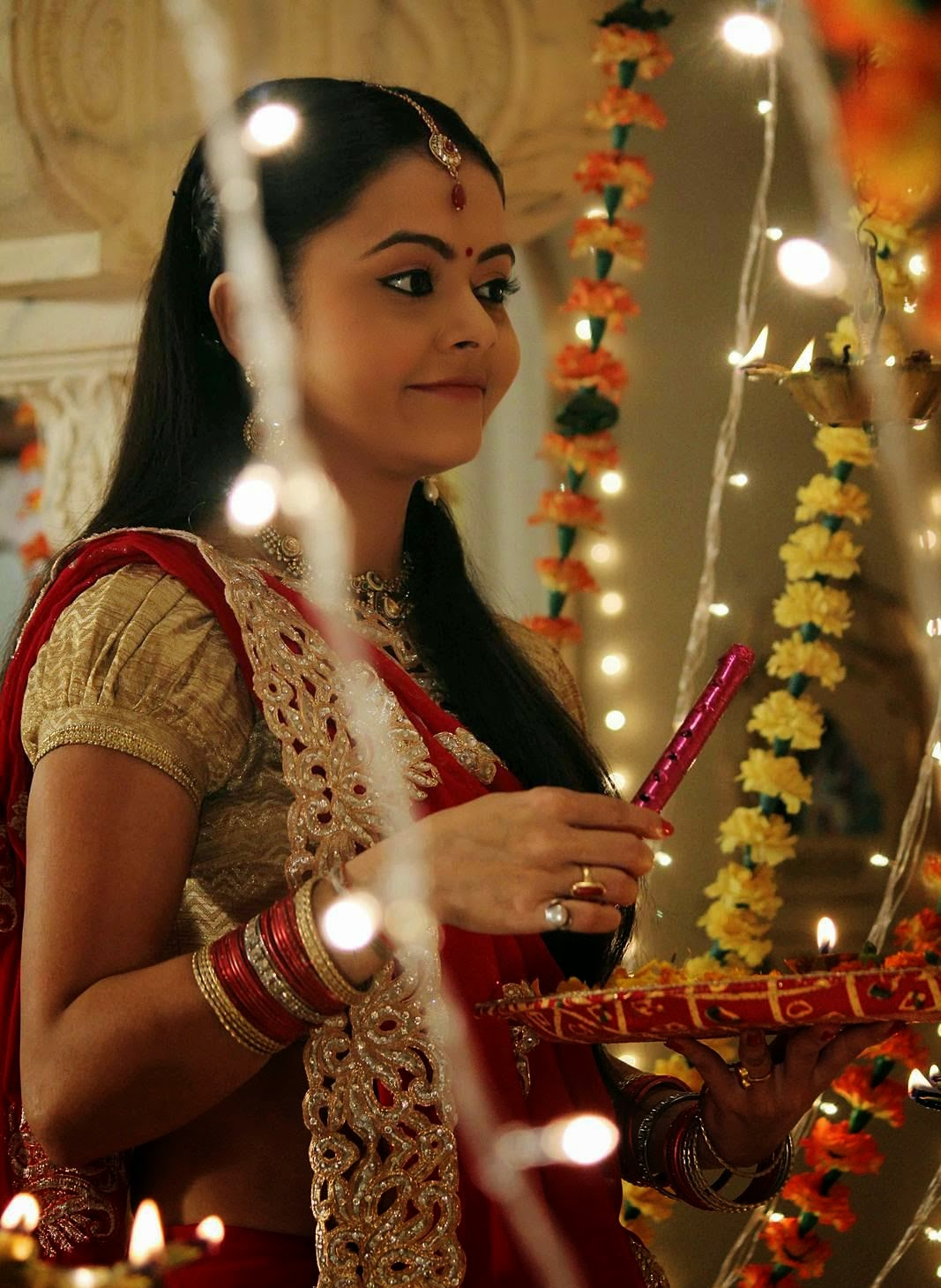 Devoleena Bhattacharjee Wallpapers Free Download