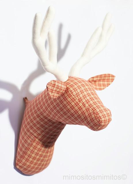 Cabeza ciervo tela muñeco tauromaquia trofeo caza brau cervol taxidermia decoración hogar accesorios