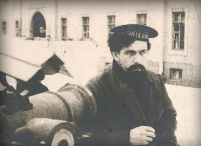 Matelot juste avant 1917 en tenue de bord d'été