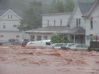 >'D-DAY' FOR BIG CITIES OF THE NORTHEAST AS STILL-DANGEROUS HURRICANE IRENE MAKES IMPACT WITH A MASSIVE POPULATION AREA