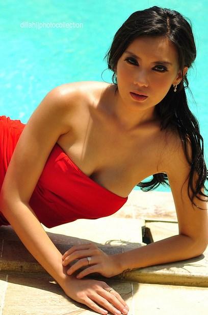Sexy model Kennova Prawesty
