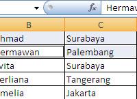 Menyeleksi Sel dengan Bebas di Excel