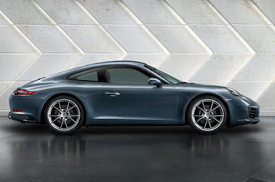 Porsche 911 Carrera (2016) Side