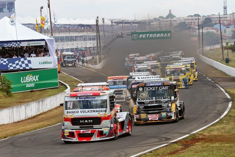 Largada da Fórmula Truck em Londrina - 2014