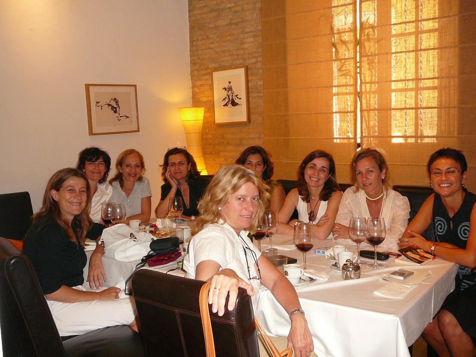 http://hoylibro.blogspot.com.es/2007_06_01_archive.html