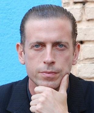 Martín Targa, cantante de tangos