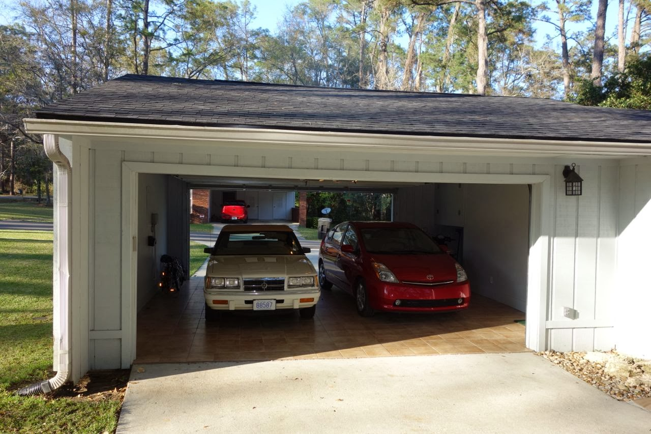 1607 seminole drive tallahassee garage for Drive through carport