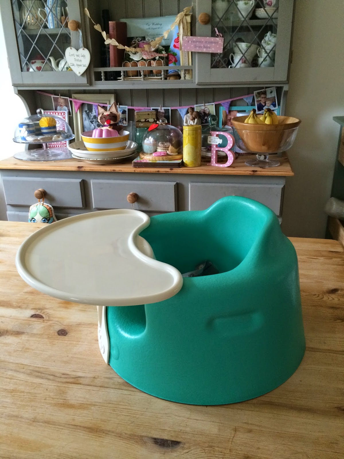 Mrs Bishops Bakes and Banter Bumbo Floor Seat Play Tray REVIEW