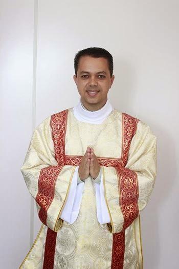 Pe. Valcy- Vigário paroquial