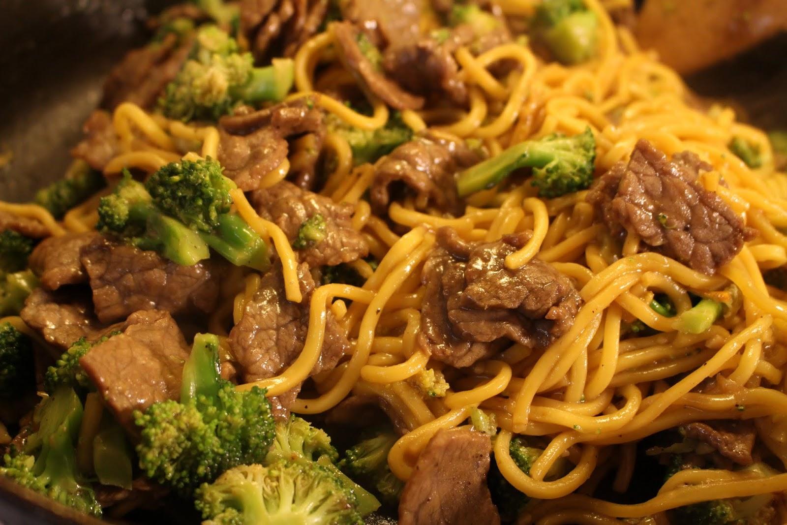 Beef Broccoli lo Mein Beef Broccoli lo Mein