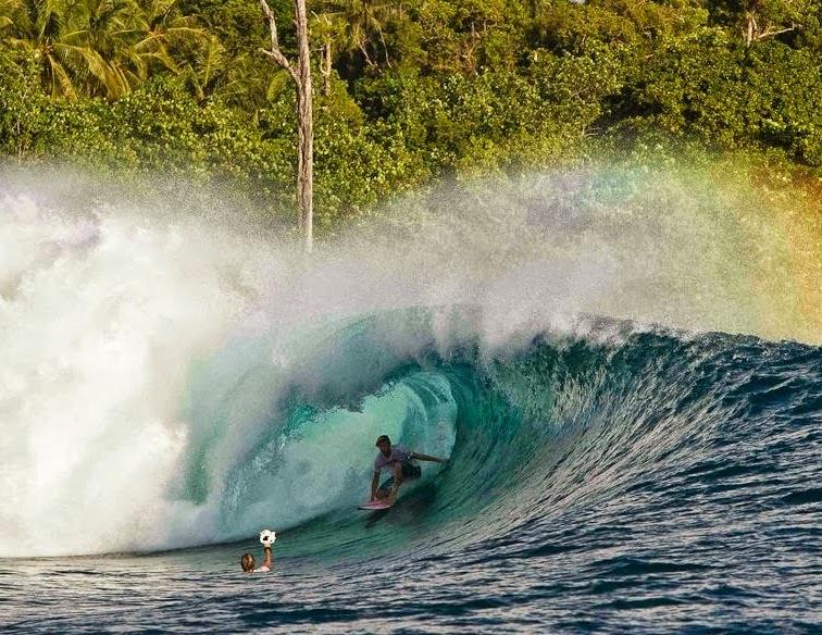 Tempat Wisata di Sumatera Barat Kepulauan Mentawai