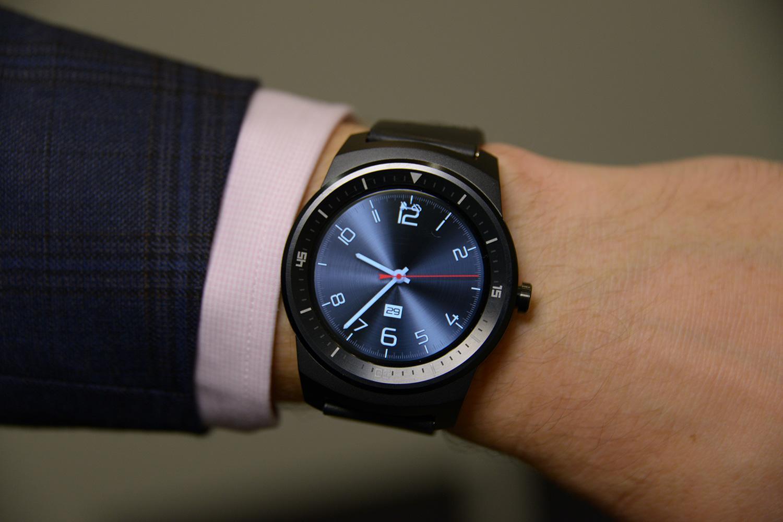I migliori smartwatch da regalare in questo Natale 2015 ...
