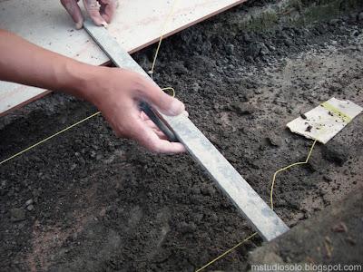 pemasangan lantai keramik langkah 2