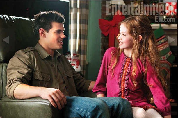 http://3.bp.blogspot.com/-N3RfuibRvbA/T9jNVes-MuI/AAAAAAAAE1I/jIhnOjduODg/s1600/Jacob+and+Renesmee.png