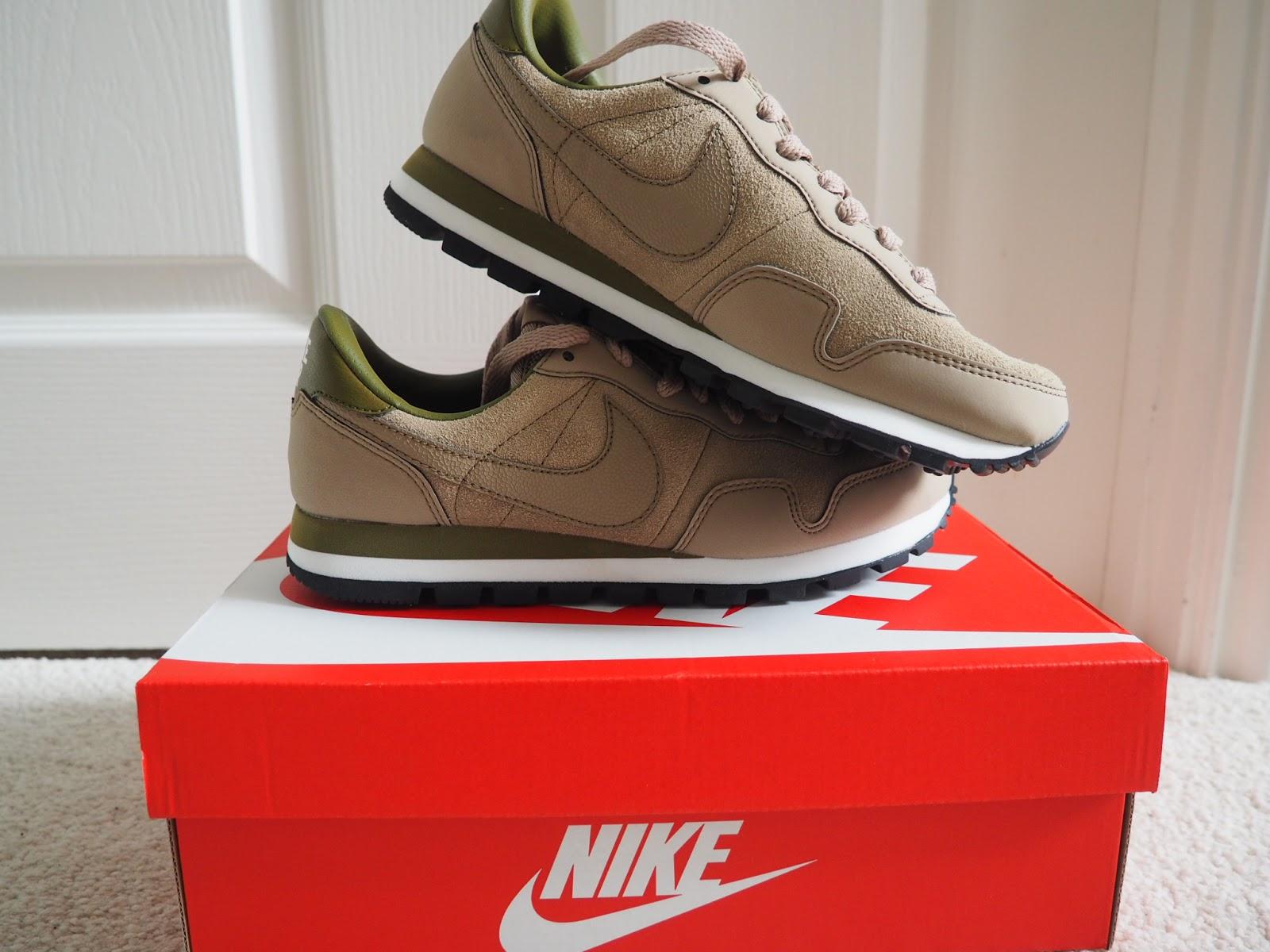 nike pegasus 83 shoes beige khaki blog post favourites desert cameo