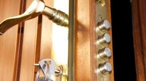 cerrajeros puerto de sagunto, abrimos puertas, cambiamos cerraduras, especialistas en todas las marcas