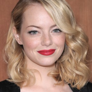 Natural hair types, Natural hair care, Natural hair journey, Natural hair lingo, Emma Stone, wavy hair, Hair typing, Naturalista, transitioning, how do I know my hair type, Sophiestylish, Sophie David-Mbamara, Sophie David, going natural