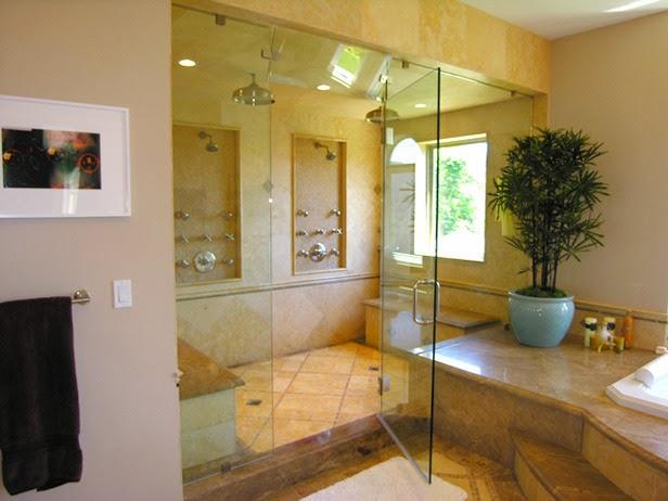 Desain Kamar Mandi Transparan dengan Double Shower