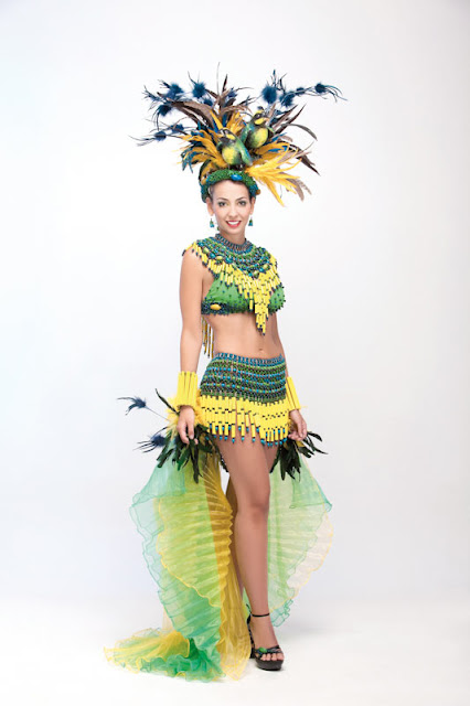 Srta. Colombia 2011-2012. Desfile en traje artesanal Risaralda: Tatiana Ángel Ilián