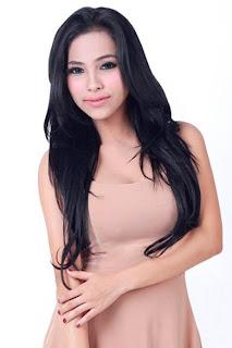 Mira Makrad for Sooperboy, May 2013