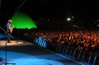 Mais de 1 tonelada de alimentos no show de Gilberto Gil em Niterói