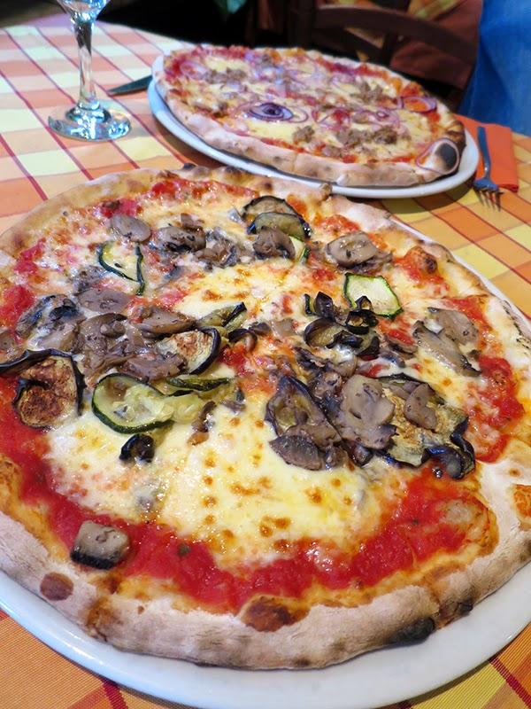 Trattoria_Venezia_pizza