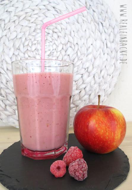 Rezept für leckere Frosty Himbeerliebe-Smoothies mit Bananen und Äpfeln | Foodblog rehlein backt
