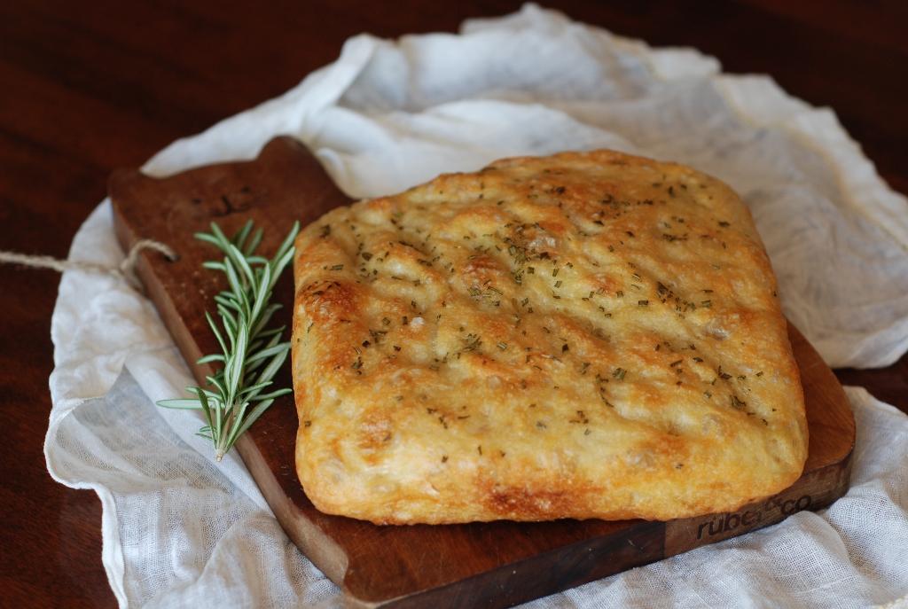 Рецепт итальянской тонкой фокачча