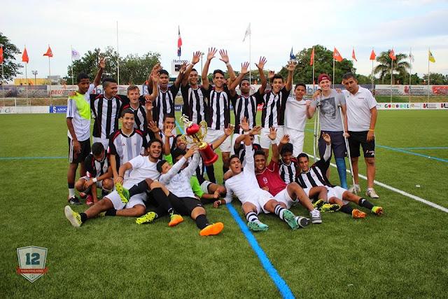 La Academia Campeón Liga Juvenil de Santiago 2015