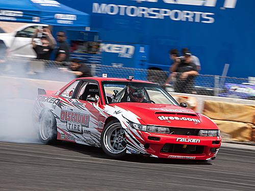 E10 DRIFT RTR WITH NISSAN S-13