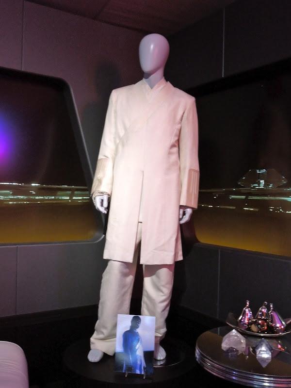 Jeff Bridges Tron Legacy Kevin Flynn costume