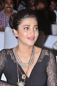 Shruti Haasan New photos-thumbnail-7