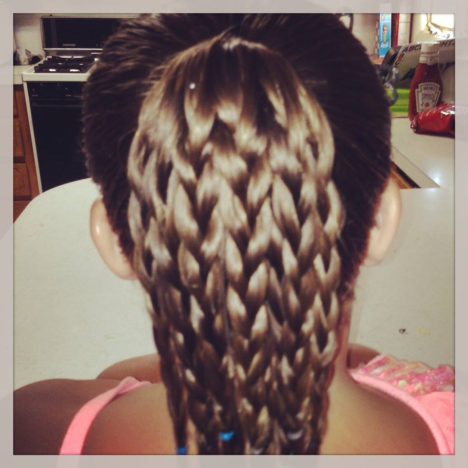 Crazy House Reviews : Hairstyles For Back to School: The Braided Bun