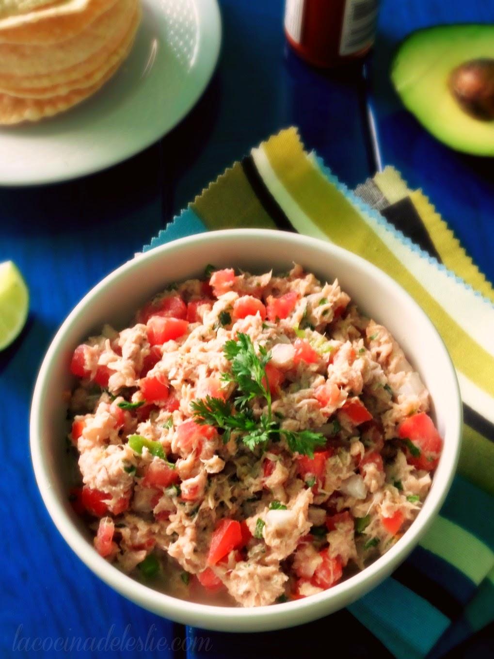 Ceviche de Atún (Tuna Ceviche) - lacocinadeleslie.com