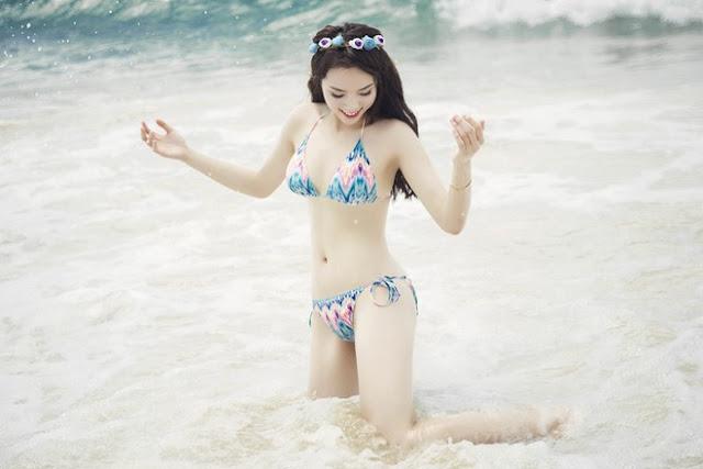 Vóc dáng cân đối của Hoa hậu.