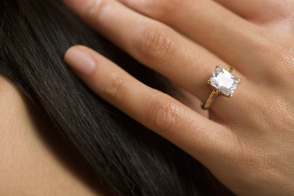 טבעת יהלום נוצצת