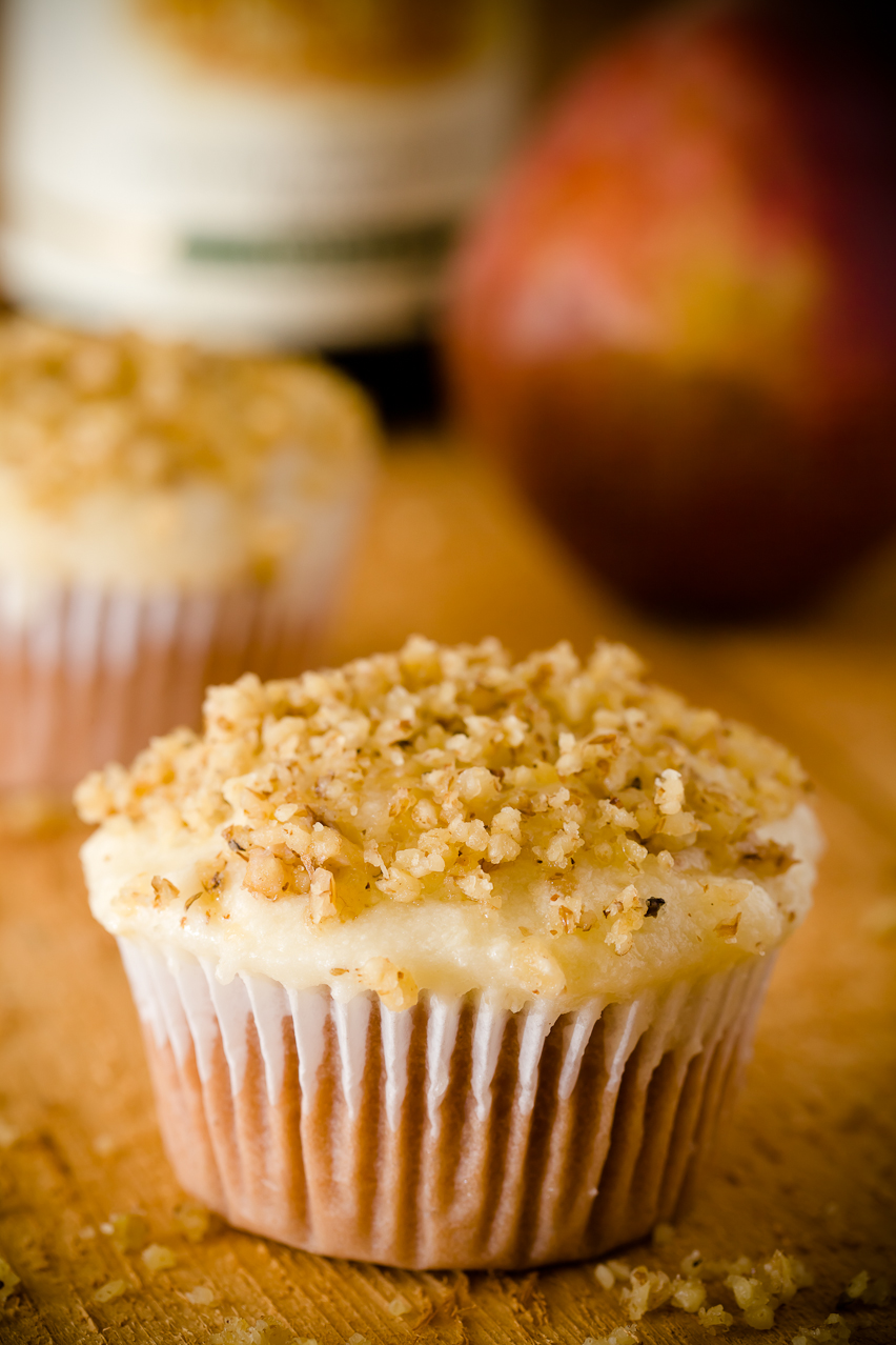 Riesling Cupcakes with Pear Mascarpone Frosting (Gluten-Free Cupcakes ...
