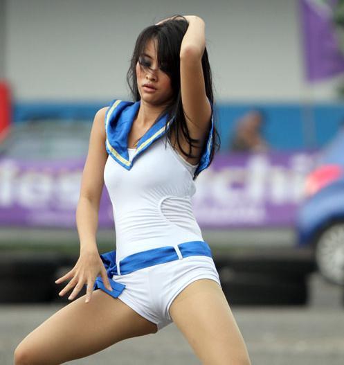 intip foto foto sexy dancer beraksi foto gambar