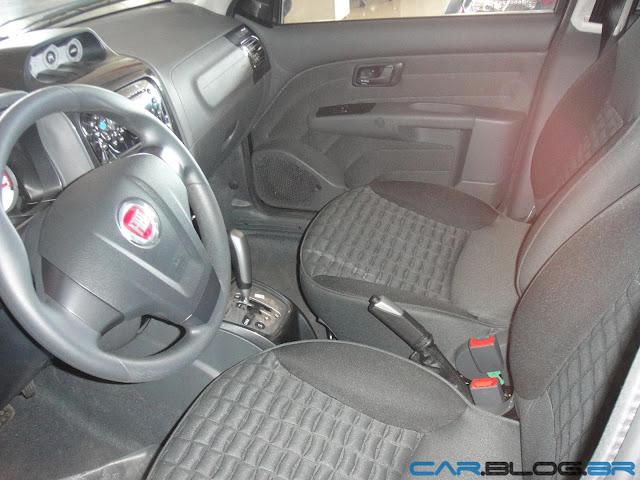 Fiat Palio Adventure 2013 - por dentro
