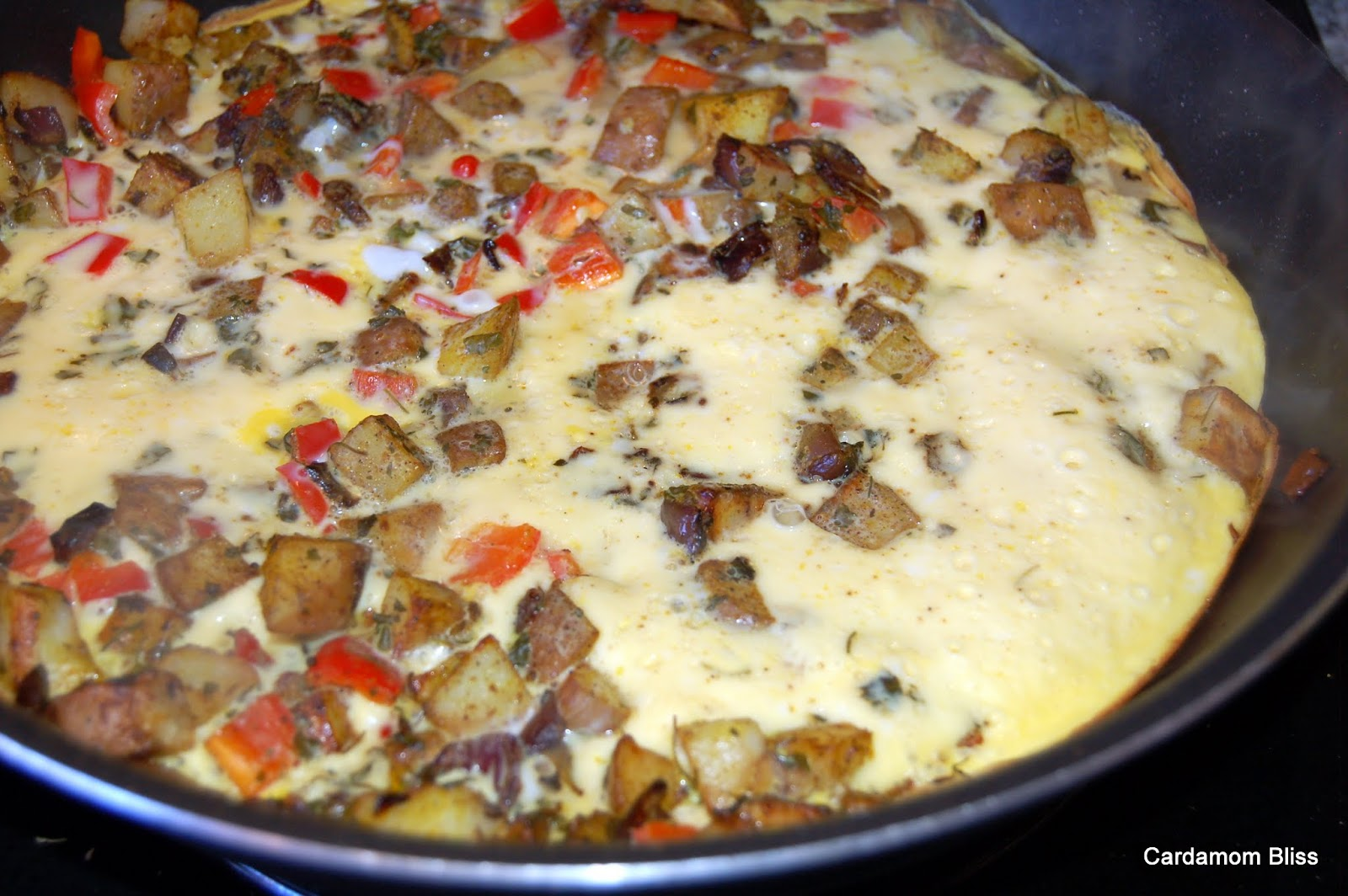 Frittata Masala -- eggs, potatoes, sweet peppers and Indian spices