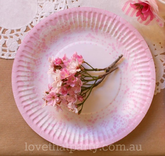 image of paper doily printed party plate