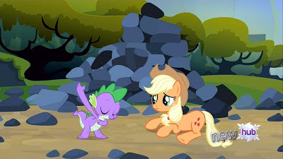 Spike bows to Applejack