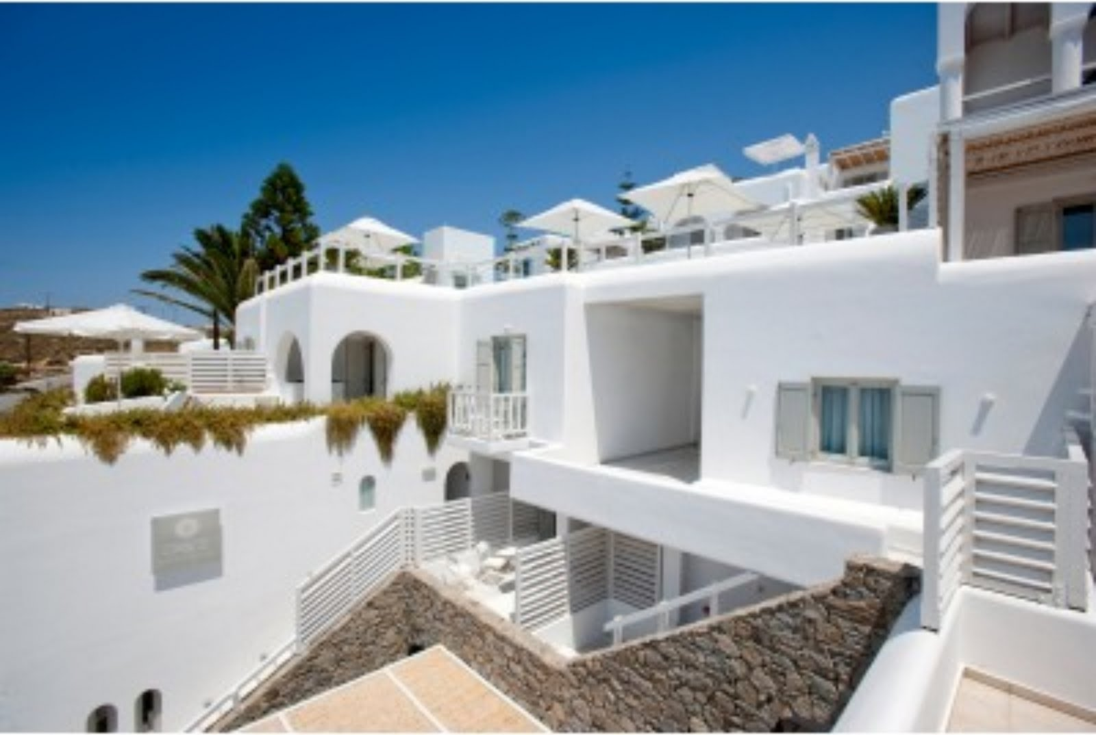 Lime meadow travelling in style mykonos greece for Top design hotels mykonos