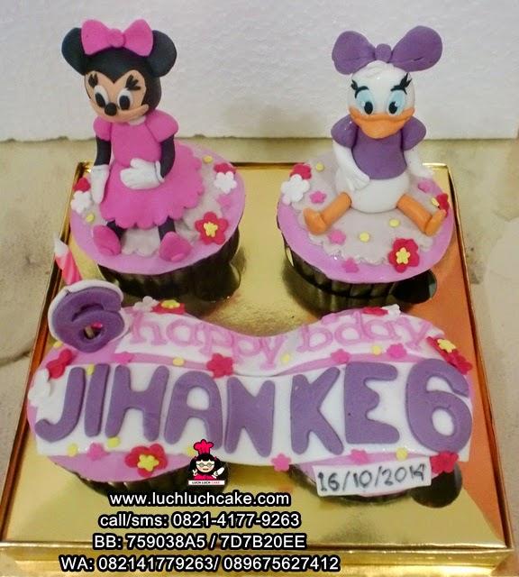 Cupcake Minnie Mouse and Daisy Duck Daerah Surabaya - Sidoarjo