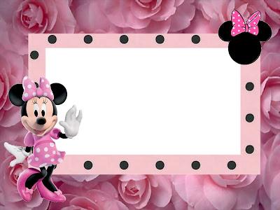 Tarjeta de Minnie con rosas rosadas.