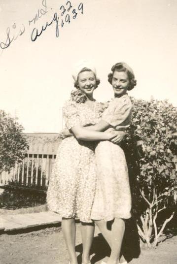 Sisters in 1939 #vintage #1930s #sisters