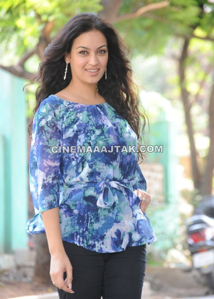 Maryam Zakaria1 - Maryam Zakaria Unseen Pics
