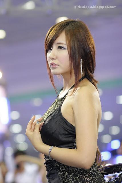 7 Ryu Ji Hye-Seoul Auto Salon 2011-very cute asian girl-girlcute4u.blogspot.com